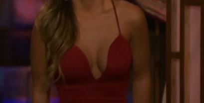 JoJo boobs
